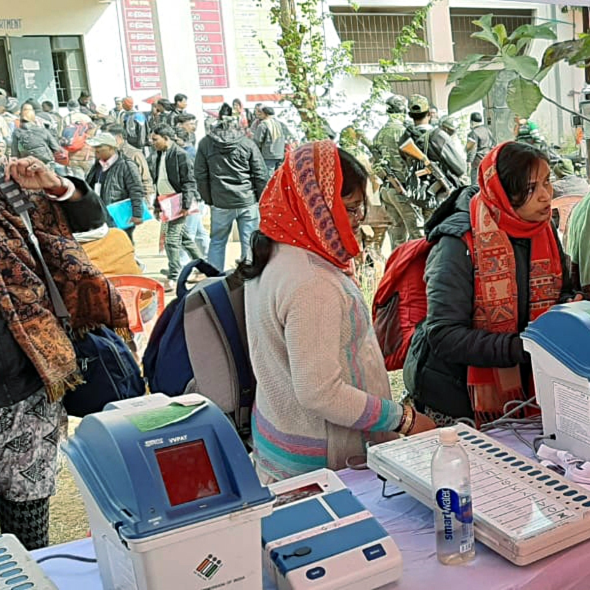 'EVMs suddenly started working': Twitter full of jokes after Jharkhand poll results