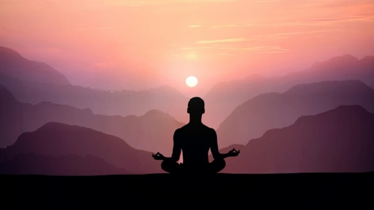 Guiding Light: Rise above desires through viveka
