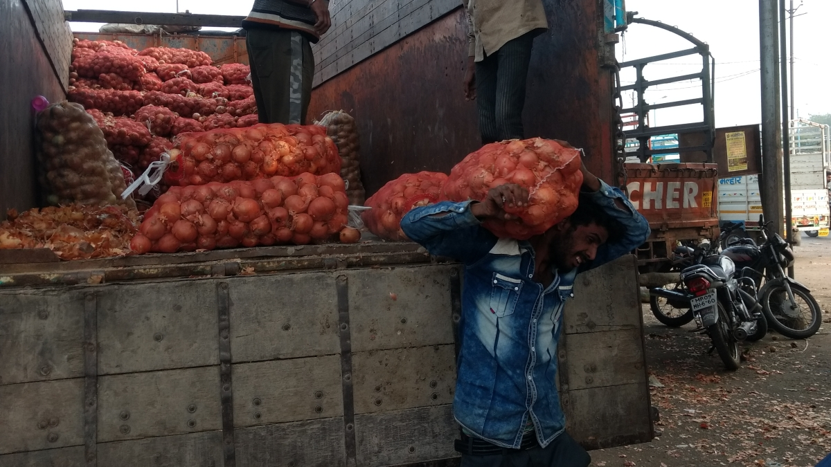 Indore: Traders happy over reduced mandi tax