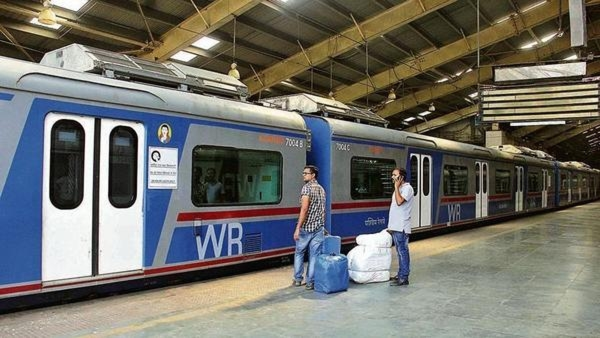 Western Railway earns Rs 40.03 crore from its first AC local train
