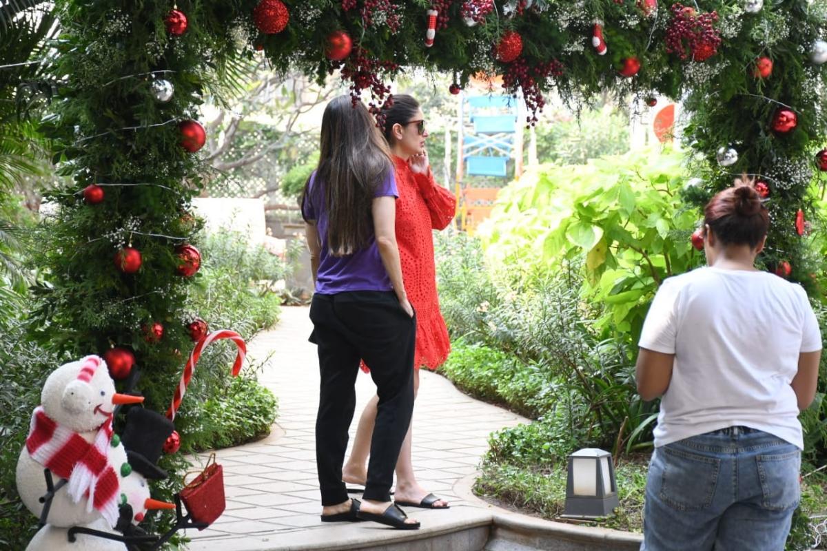 In Pics: Kareena and Karisma prep for Taimur's 'Christmas-themed' birthday party