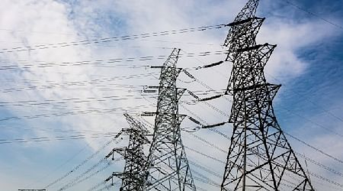 Bhopal: Power staff on strike against amendment in Electricity Act