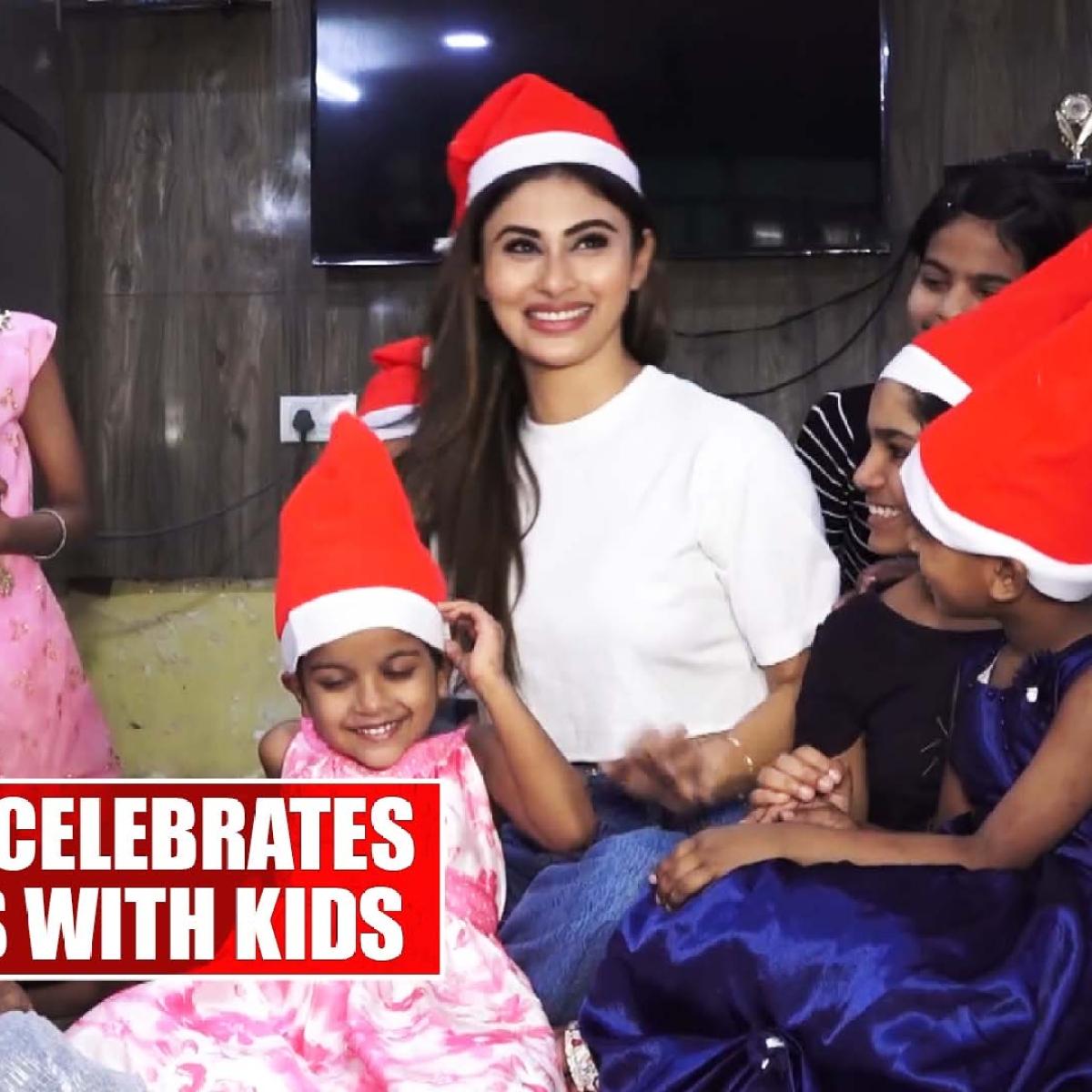 Mouni Roy celebrates Christmas with kids