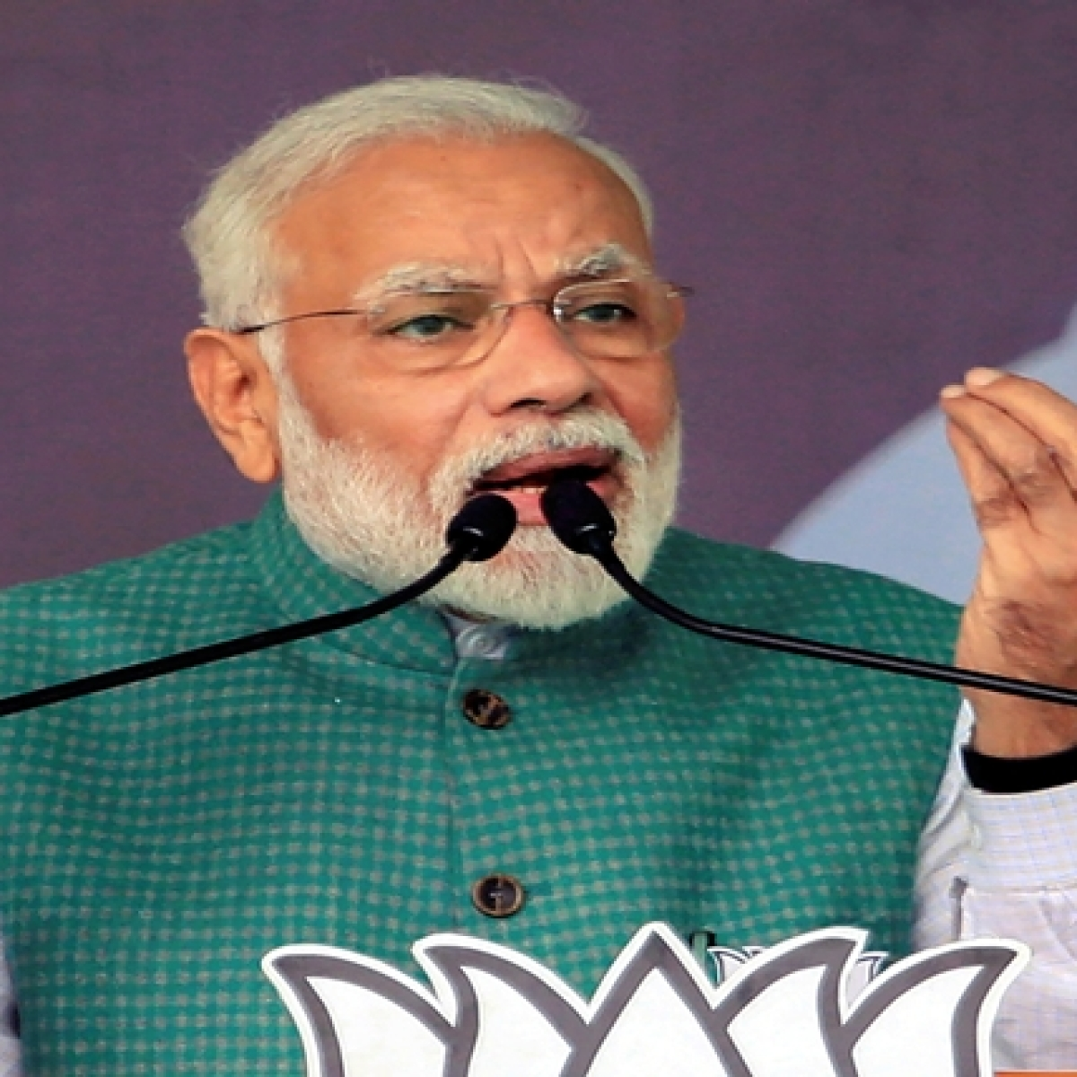 Congress the voice of Pakistan: PM Modi
