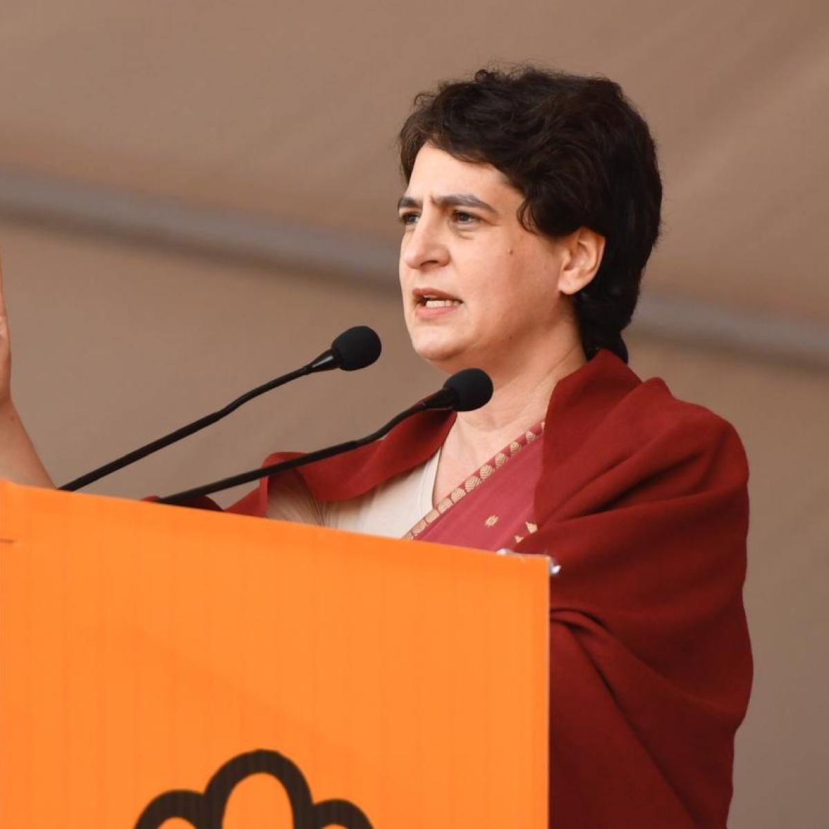 Uttar Pradesh Govt accepts Priyanka Gandhi's offer, asks for details of 1000 buses for migrants