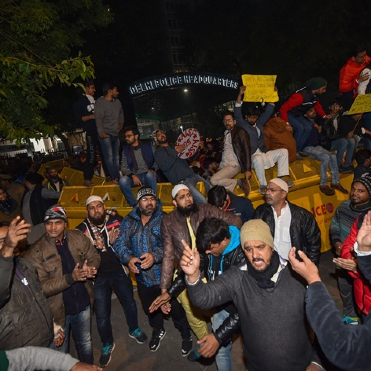 Detained Jamia students released, protest outside Delhi Police HQ called off