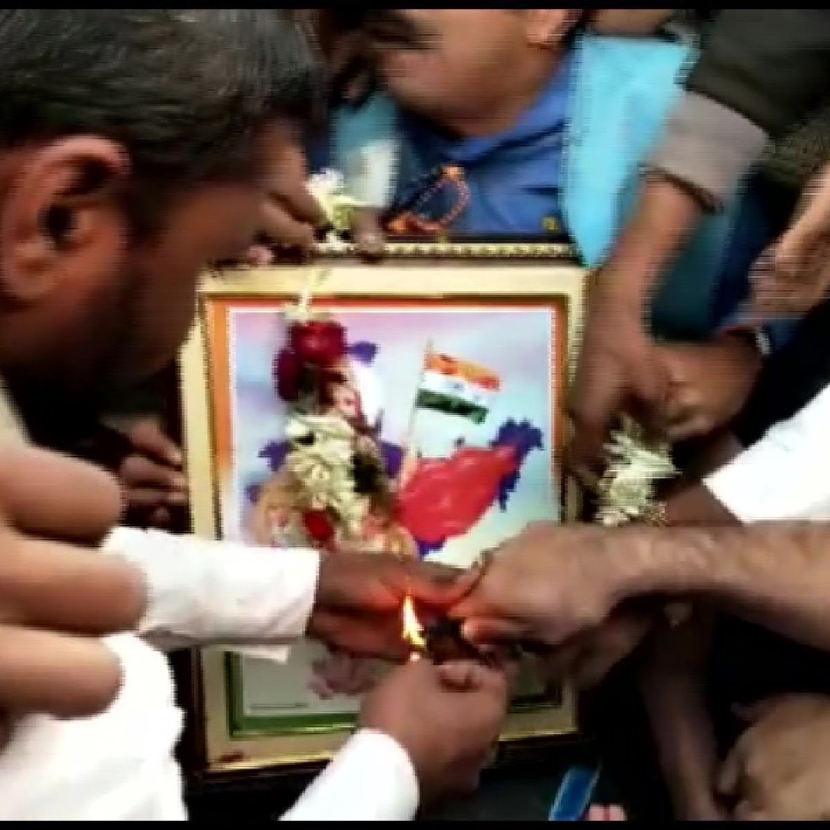 Watch: BJP workers stopped from performing Bharat Mata puja; clash with police in West Bengal's Howrah