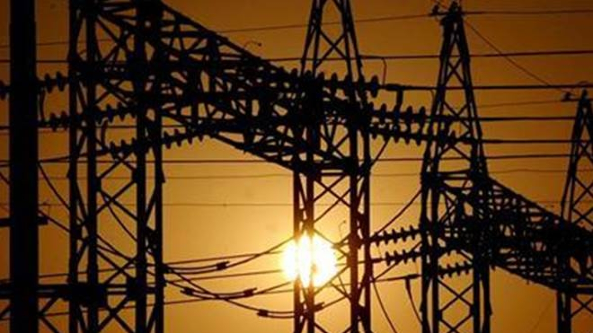 India December electricity generation contracts 2.1%