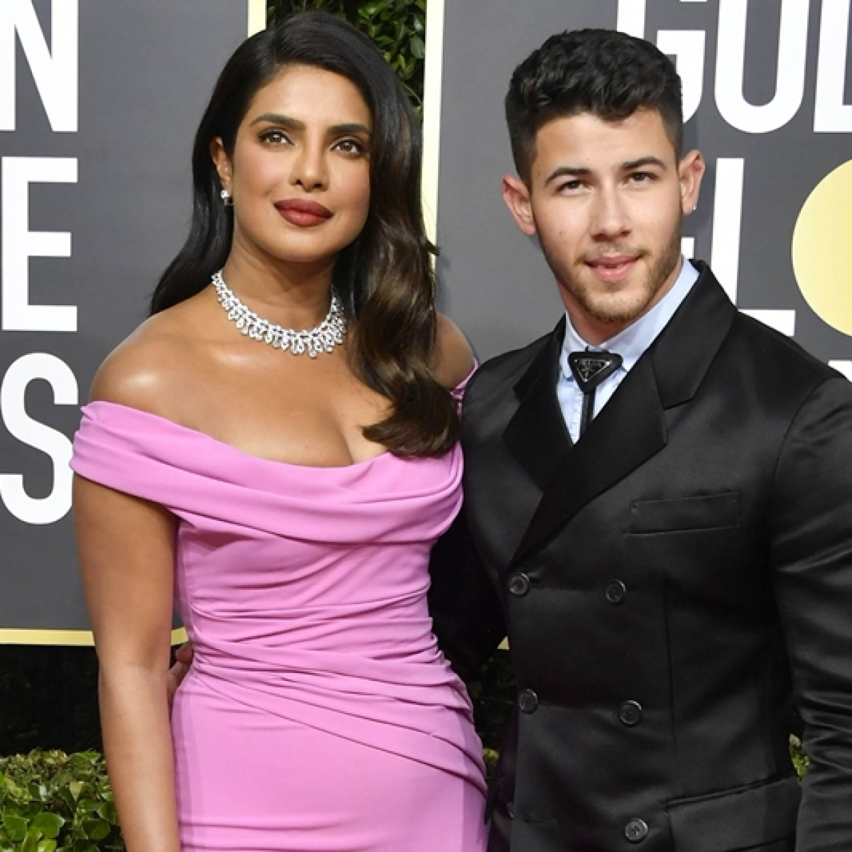 Pretty in Pink: Priyanka Chopra and Nick Jonas arrive in style at the Golden Globes 2020