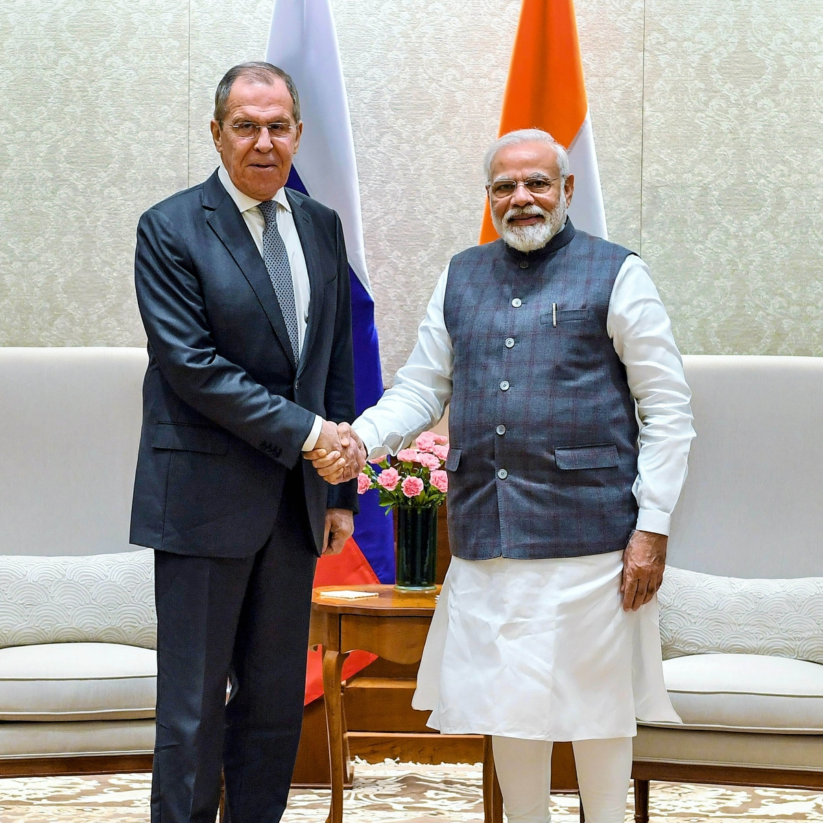 Russian Foreign Minister calls on PM Modi