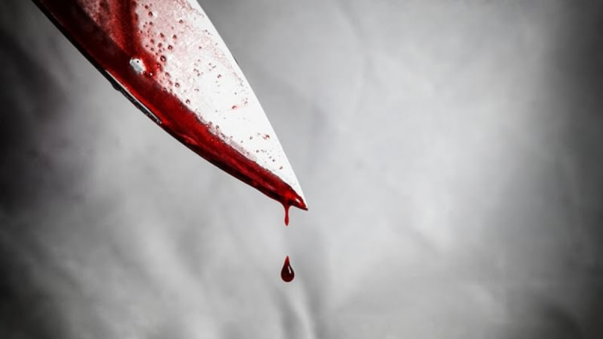 Chennai: 40-year-old man cuts his genitals with knife after wife leaves home during a quarrel