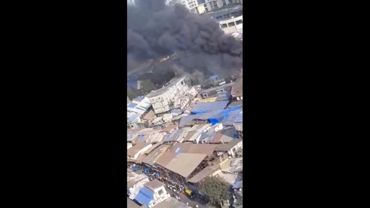 Mumbai: Major fire breaks out in Kamathipura; watch video