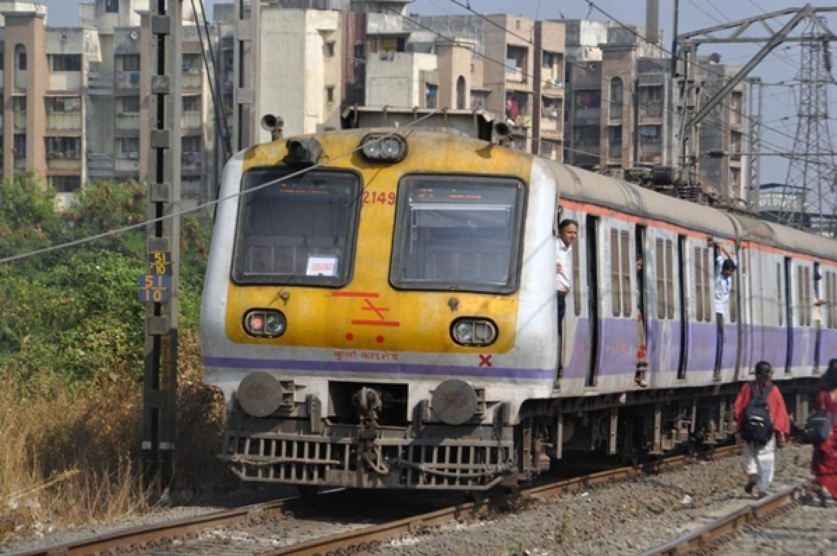 Mumbai: Railway ticket checker collects Rs 1.51 crore fine from ticketless commuters