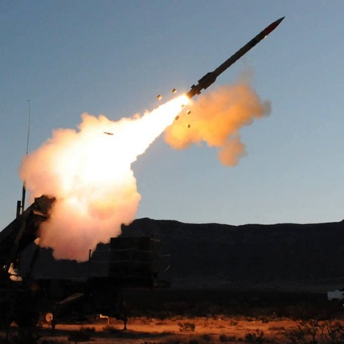 Three rockets hit near US embassy in Baghdad, no casualties