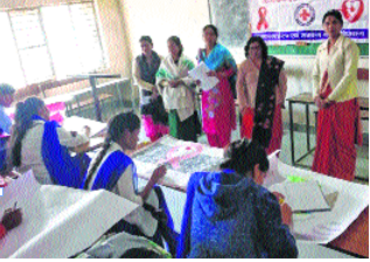 Poster-making contest on 100th year of Red Cross