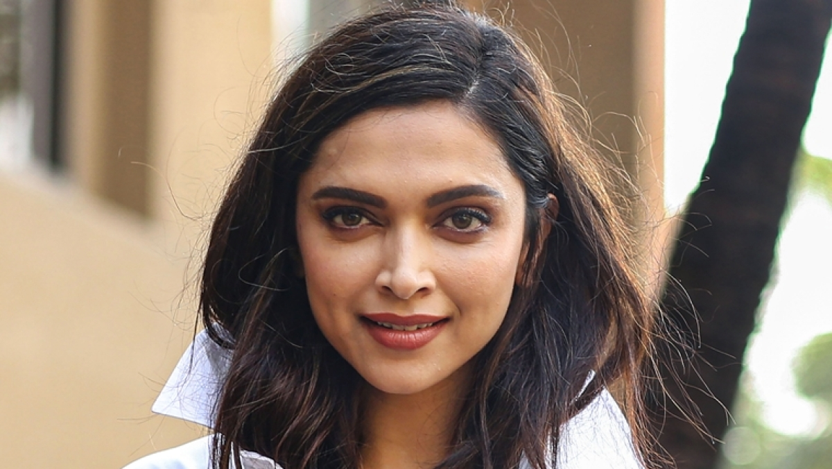 Deepika Padukone shares hand-written letters by fans in latest Instagram post