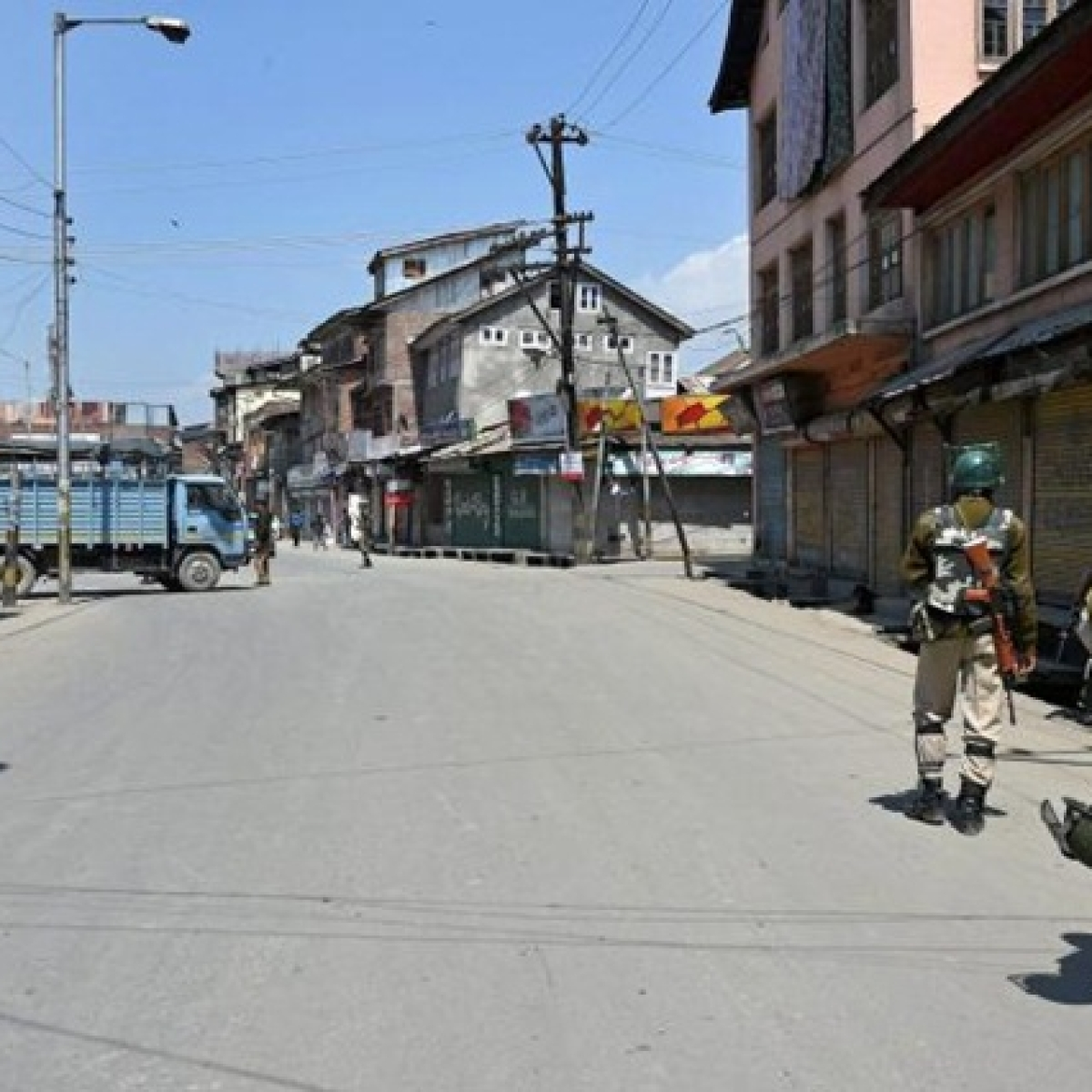 Broadband, 2G internet partially restored in J&K but ban on social media to continue
