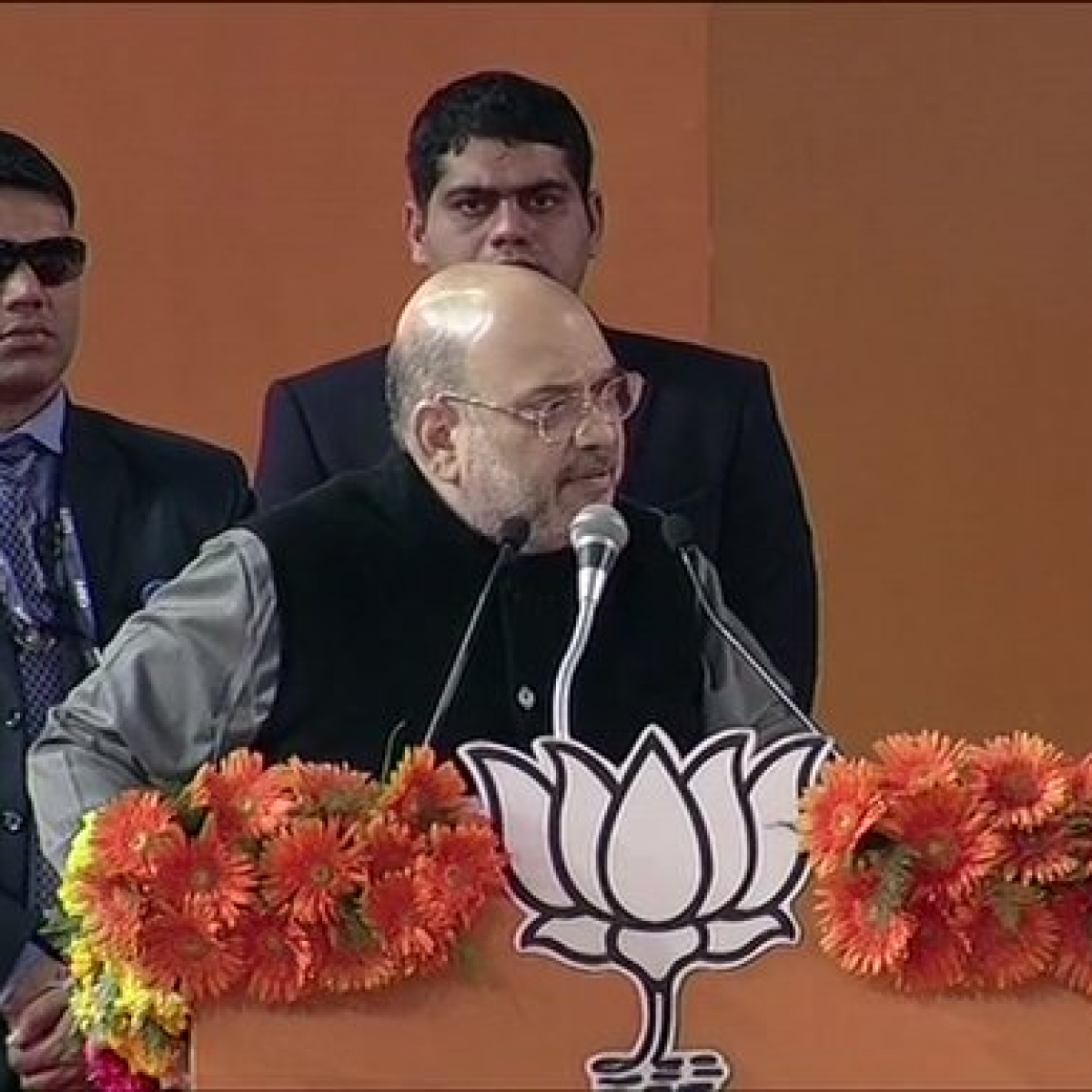 'Find out a provision from CAA that can take citizenship away': Amit Shah challenges Rahul, Mamata