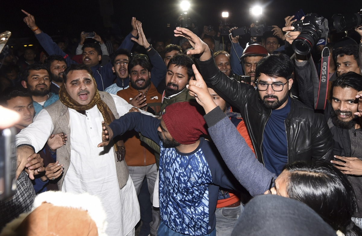 #LeftAttacksJNU vs #SOSJNU JNU violence leads to battle of hash tags