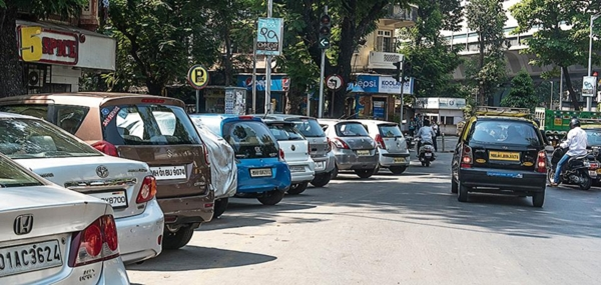 Mumbai: Now, pay less if you park illegally
