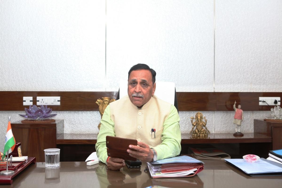 CM Vijay Rupani self-quarantines: Who is Cong MLA Imran Khedawala?