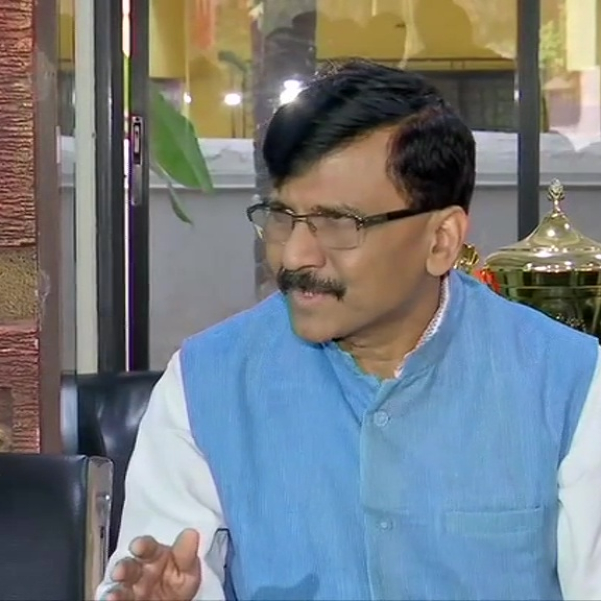 'Will BJP take Mehbooba Mufti to Ayodhya?': Sanjay Raut