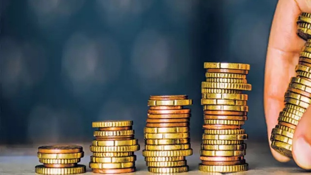 Investment matters: How much would your Rs 10,000 be worth on January 11, 2020, if you invested a year ago in stock market, silver or gold?