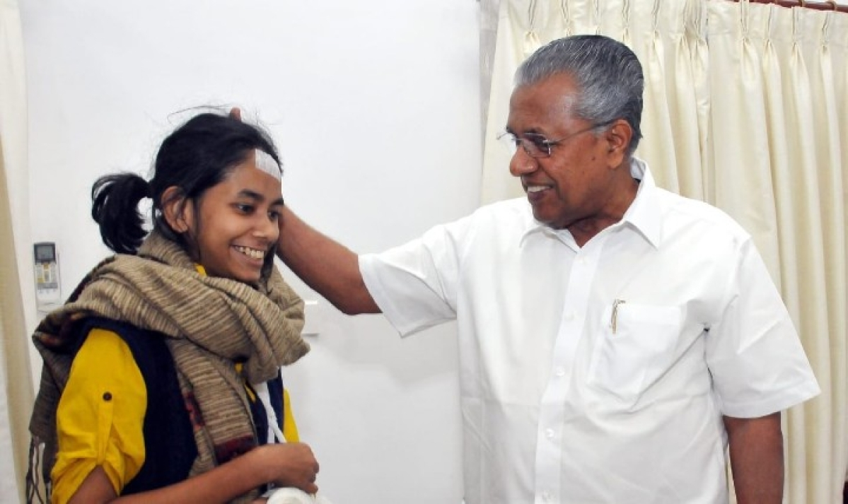 'Fight will not go in vain': Kerala CM Vijayan meets JNUSU President Aishe Ghosh