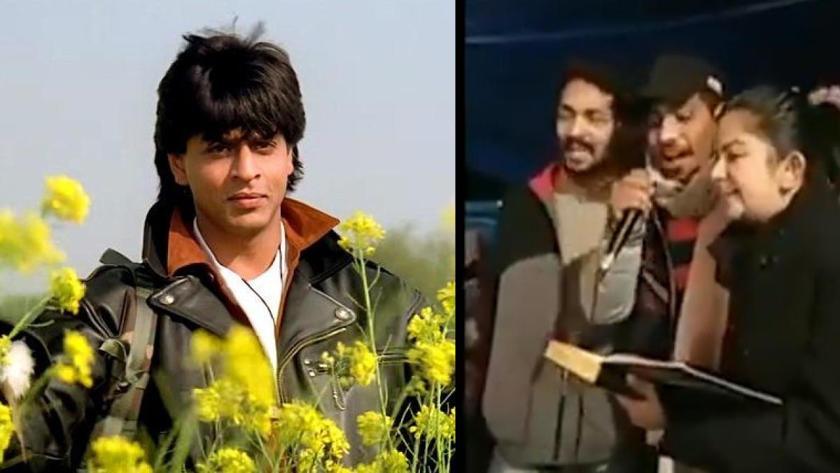 'Shah Rukh ho gaya begaana sanam': Anti-CAA protesters musically mock SRK at Shaheen Baug