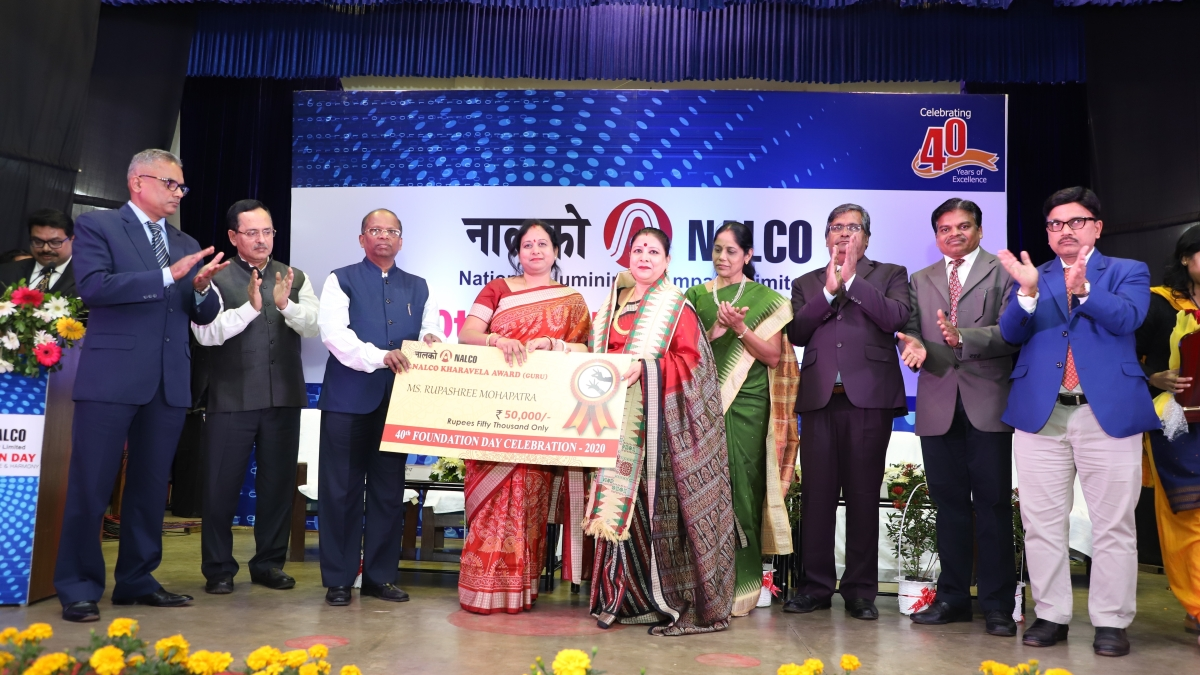 NALCO honours achievers from various fields to celebrate 40th Foundation Day