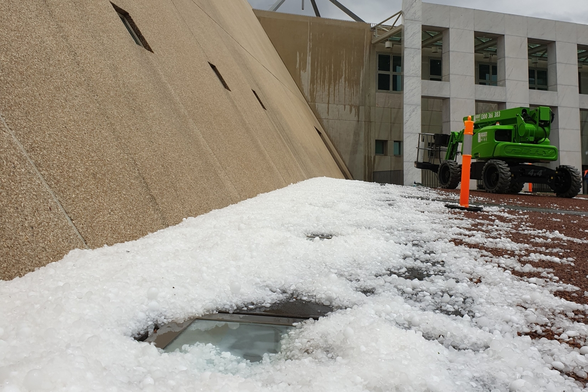 Giant hailstones batter bushfire-weary Australia