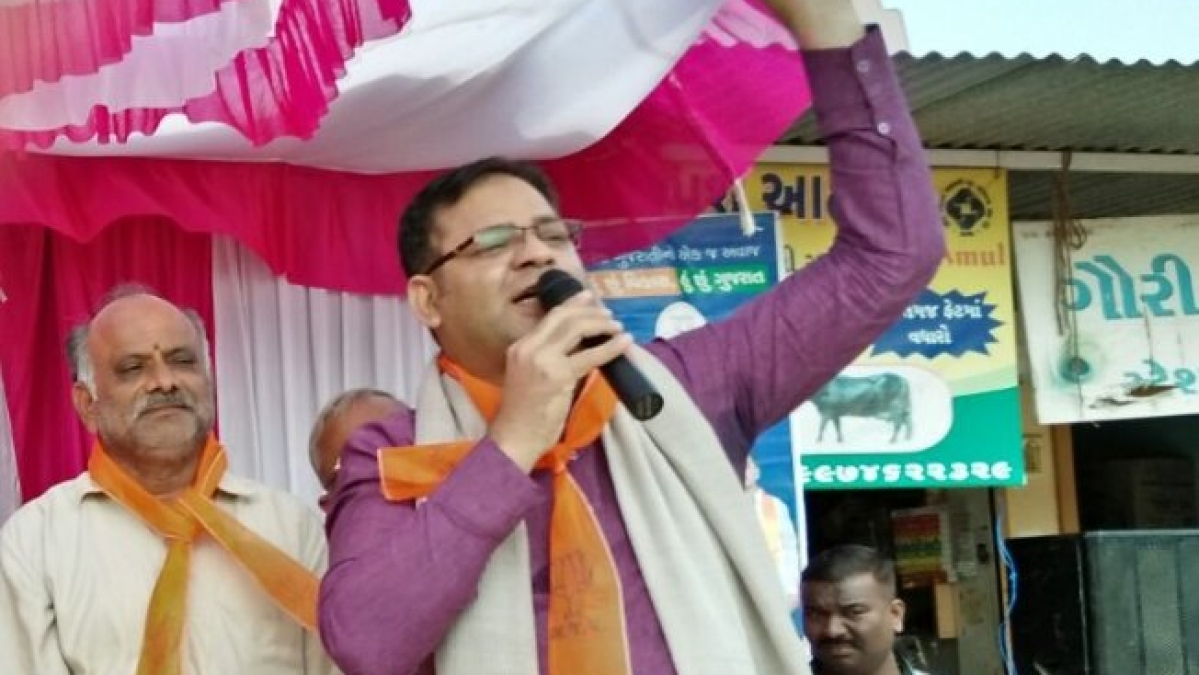 Seeking nod for statue, Guj BJP MLA threatens party, media