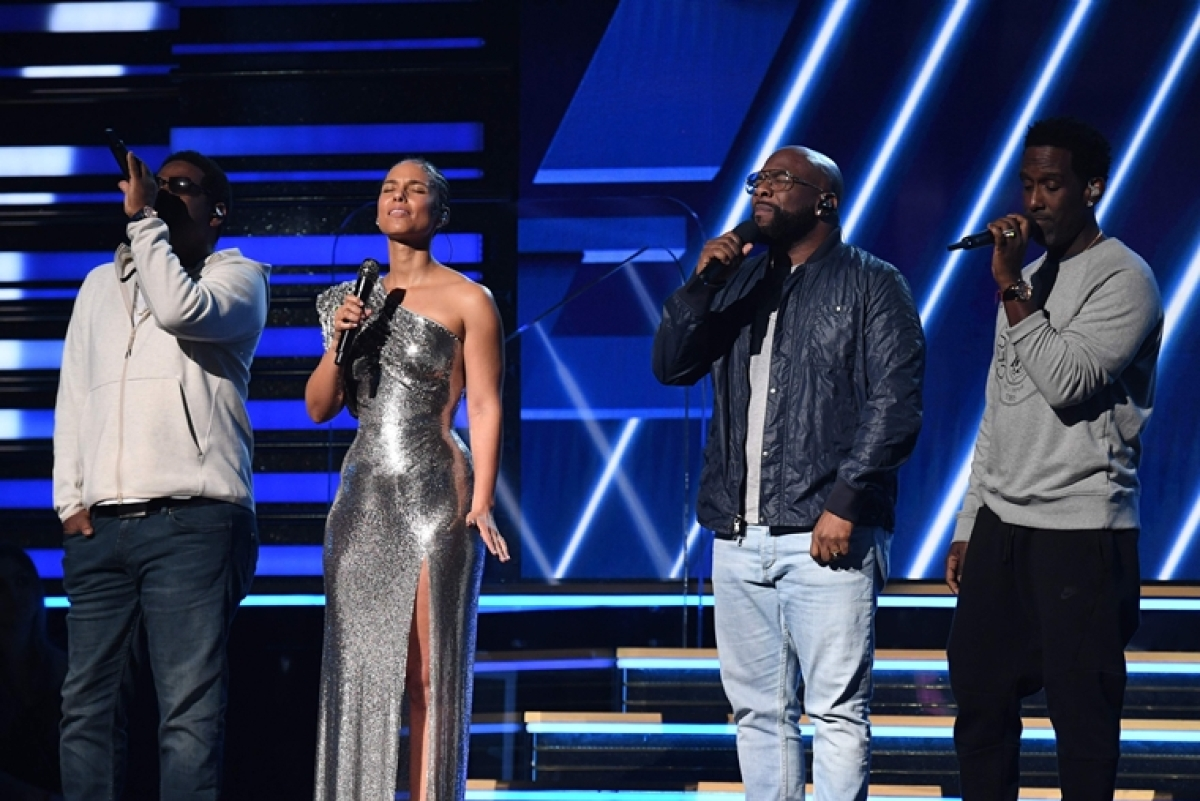 Alicia Keys, Boyz II Men, Priyanka Chopra pay tribute to Kobe Bryant at Grammys