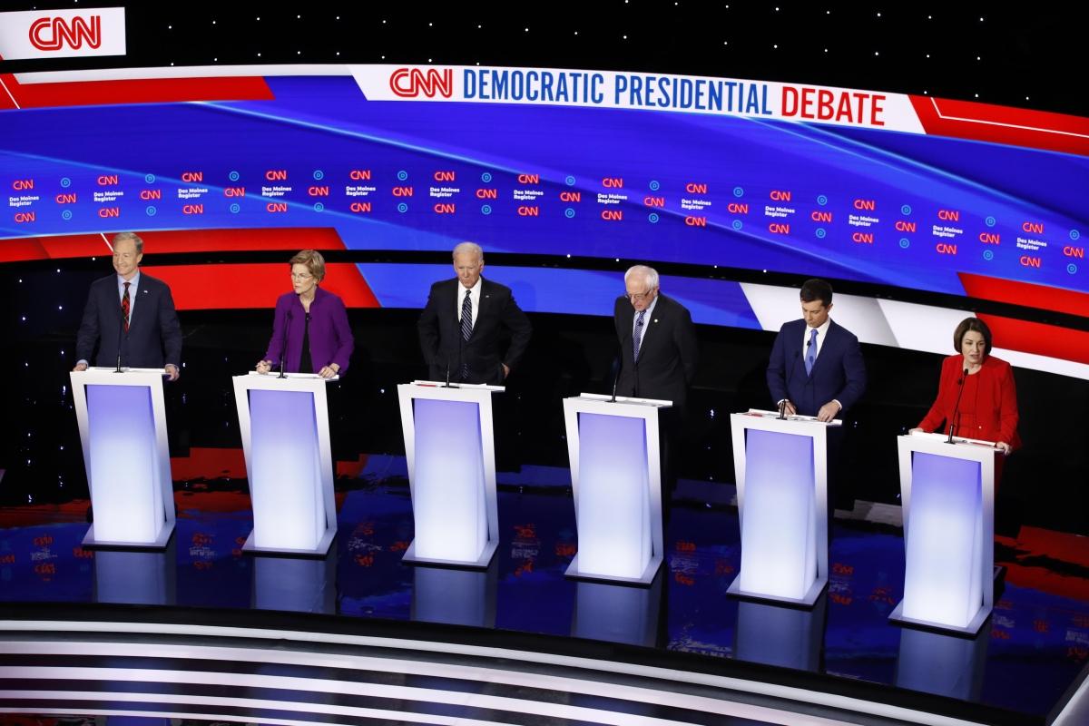 US Prez polls: Democrats debate over war, gender
