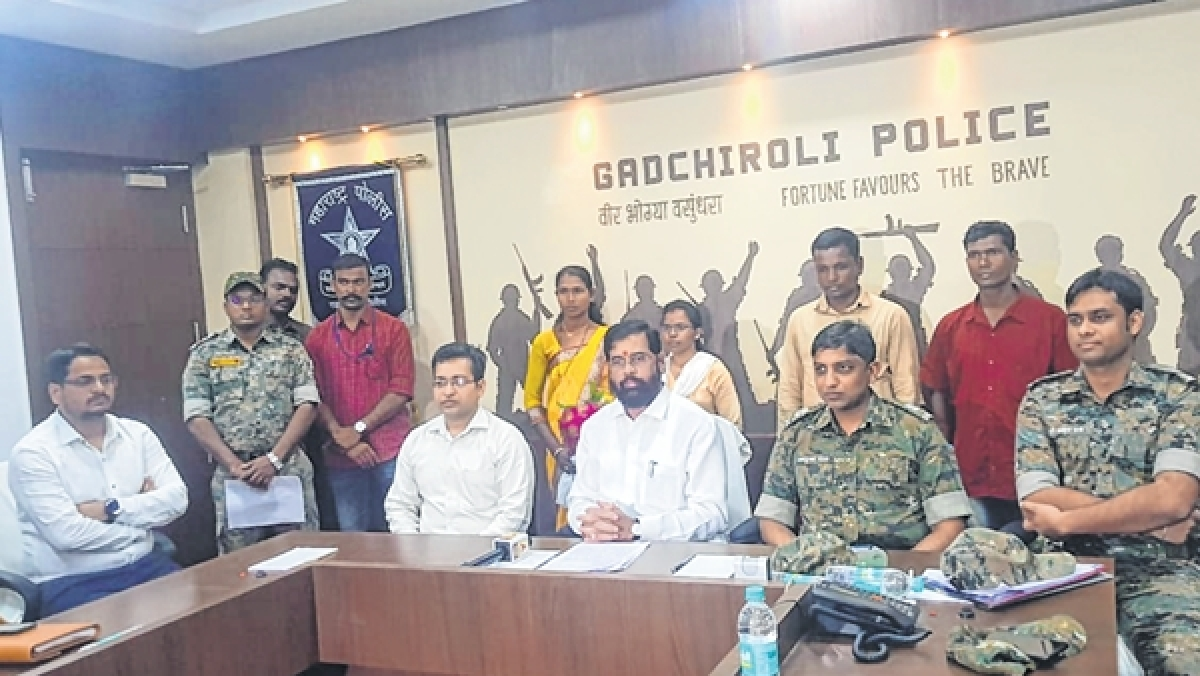 FPJ Exclusive: Eknath Shinde meets four surrendered naxal activists in Gadchiroli