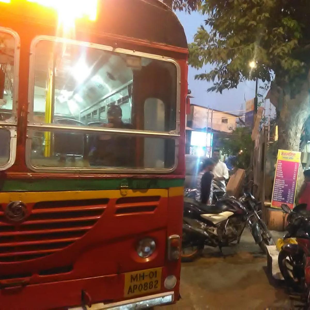 Fed up of auto menace at Bandra (E), public demands BEST services