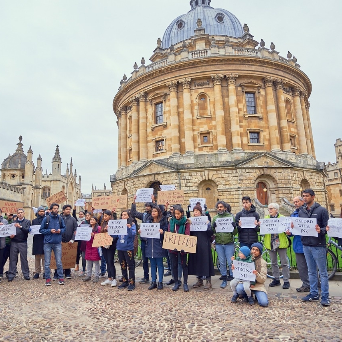 Oxford students protest  against violence in JNU