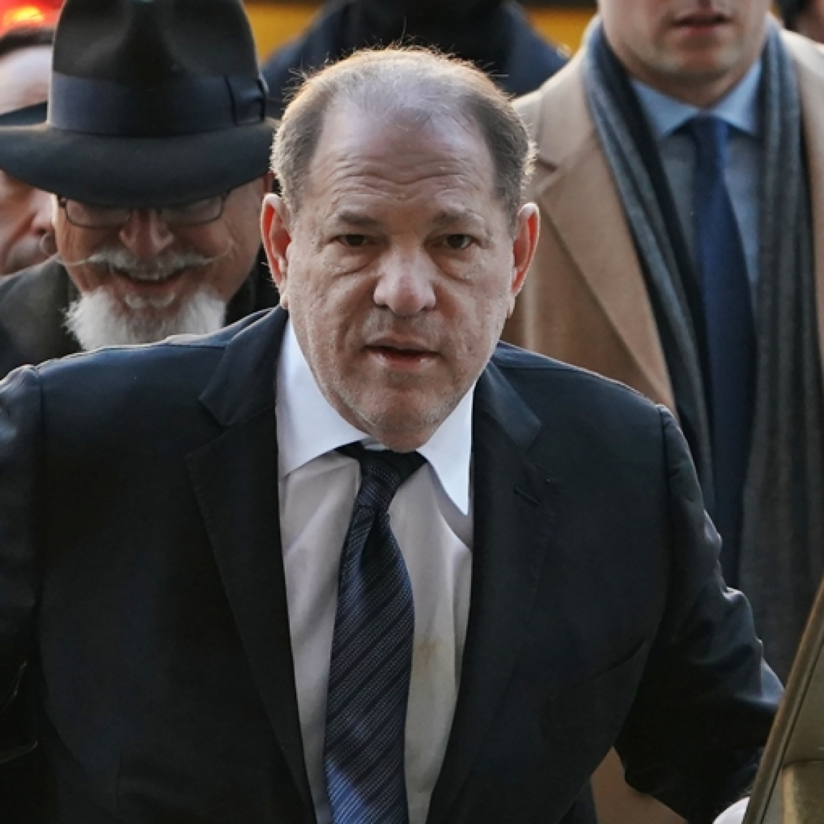 Harvey Weinstein pleaded with Apple CEO Tim Cook, Amazon Founder Jeff Bezos to save him
