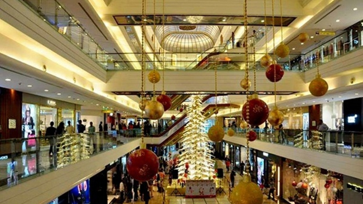 Malls, multiplexes, shops in Mumbai can stay open 24x7 from Jan 27