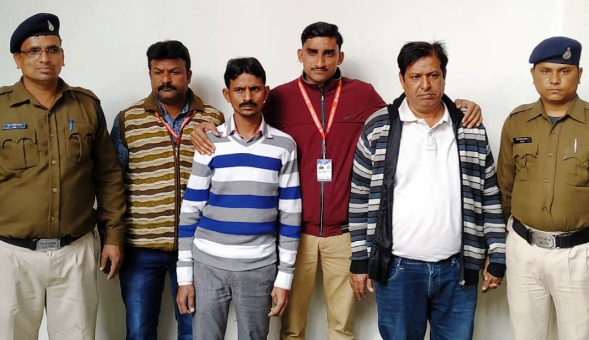 Action against spurious drug manufacturing unit in Indore: Company director arrested, owner on the run
