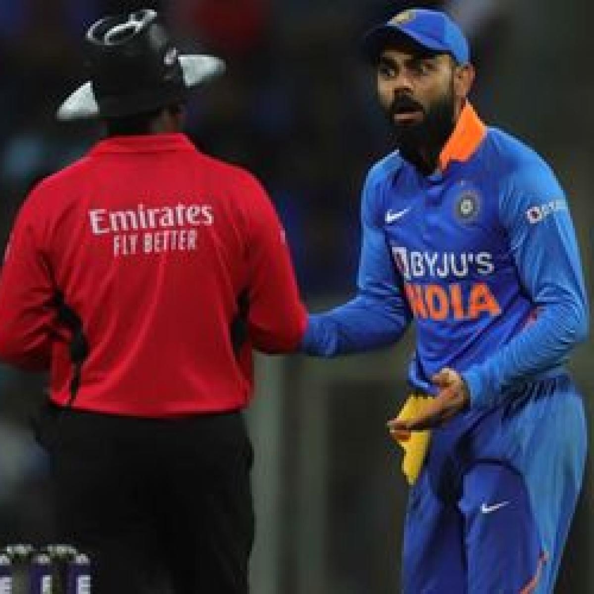 'Sri Lankans airport pe hi hai, wapas bulaye?': Twitter trolls India after staggering defeat to Australia in 1st ODI