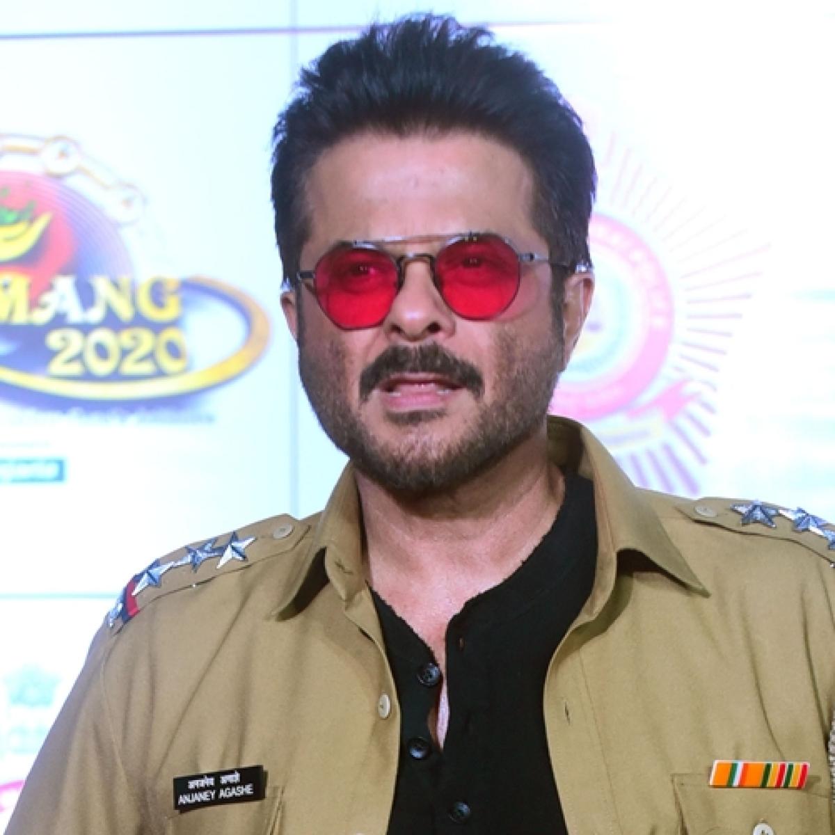 Anil Kapoor debuts on TikTok, have you seen his 'jhakaas' videos yet?