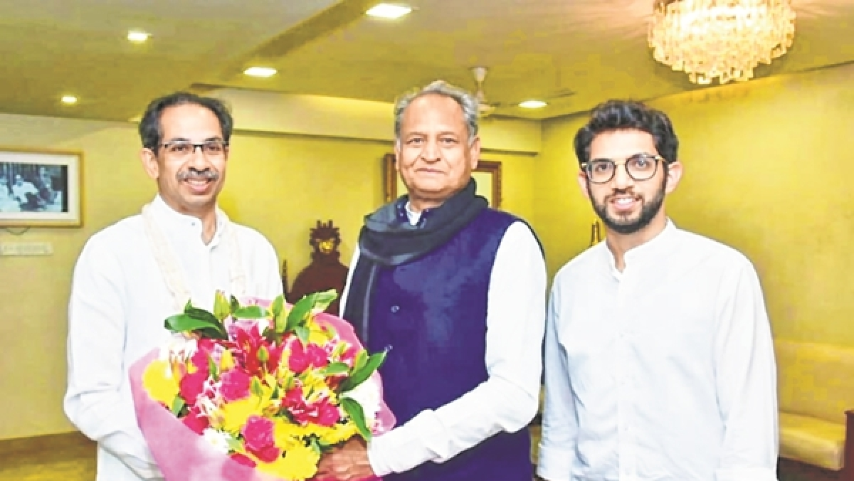 Rajasthan CM Ashok Gehlot Meets Uddhav Thackeray at Matoshree