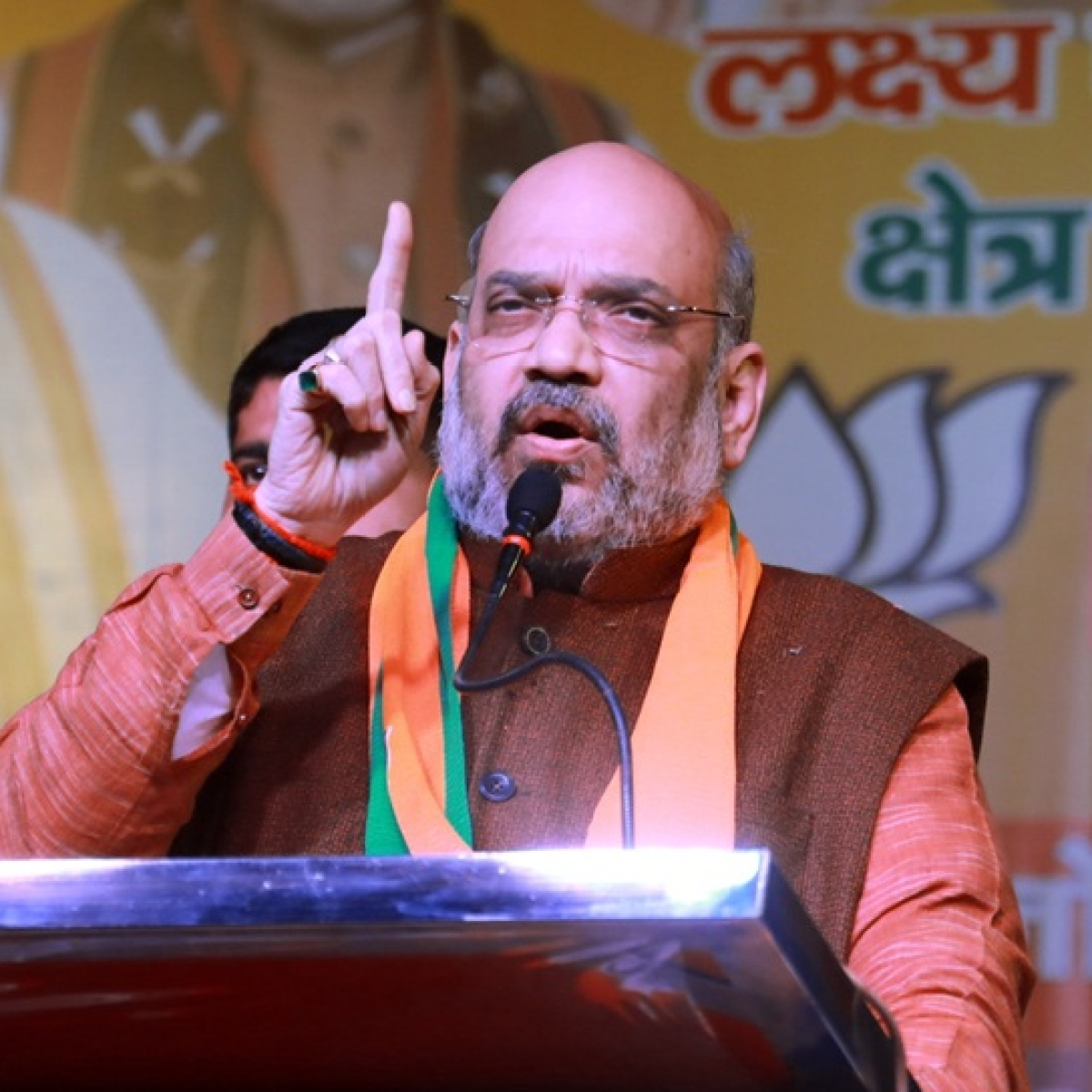 AAP, Congress inciting Muslims against citizenship law, instigating riots: Amit Shah