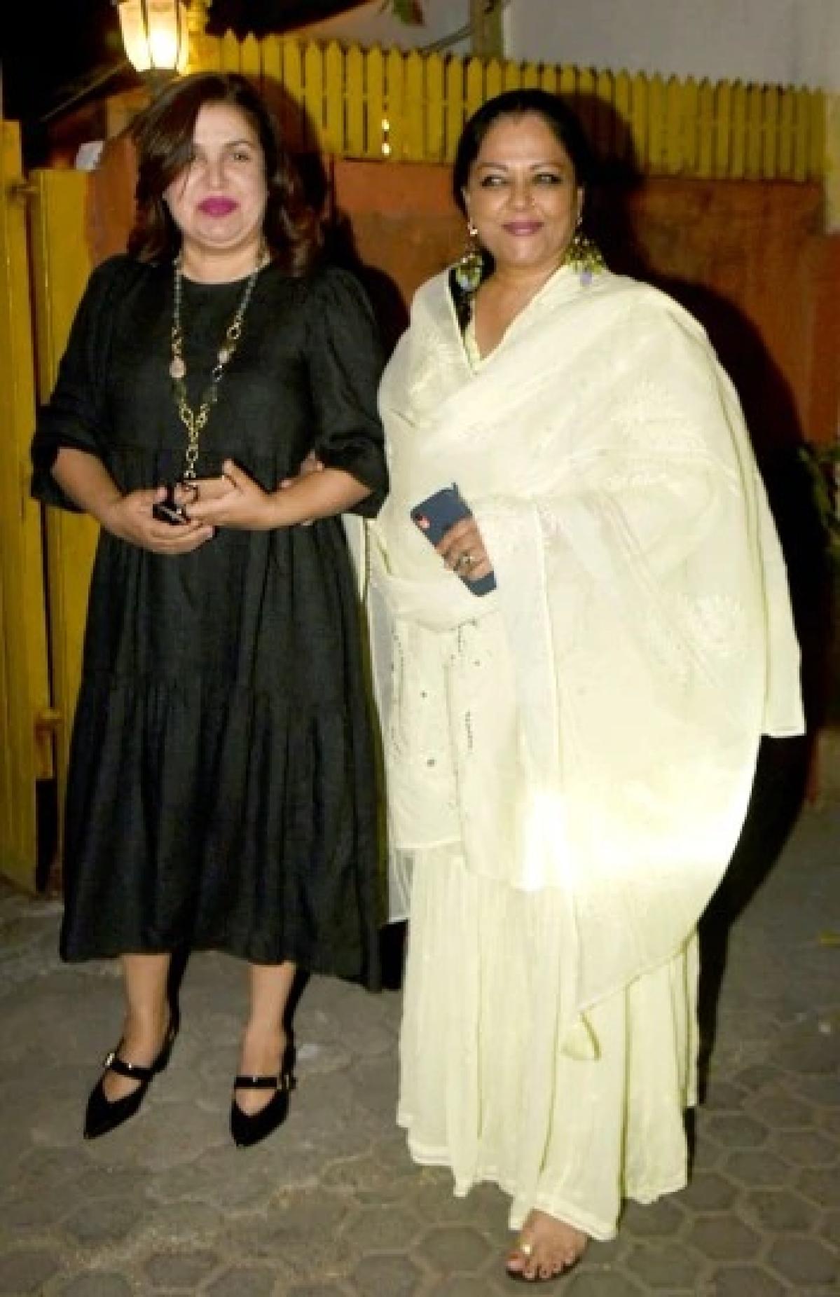 Tanvi Azmi and Farah Khan
