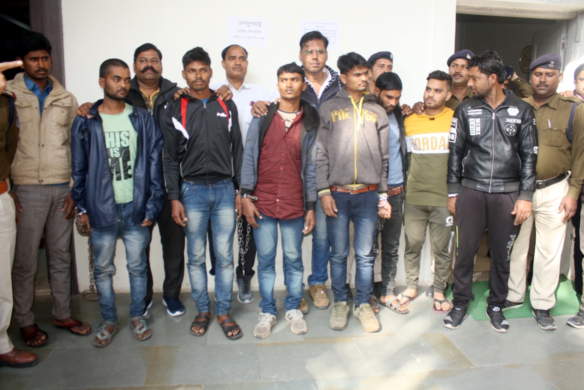 Indore: Six youths arrested with 45 kg silver