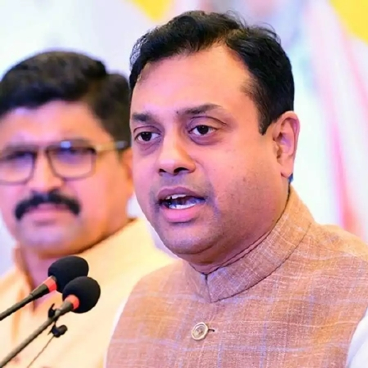Why are Twitterati furious with Sambit Patra for writing 'Pulitzer Lovers'