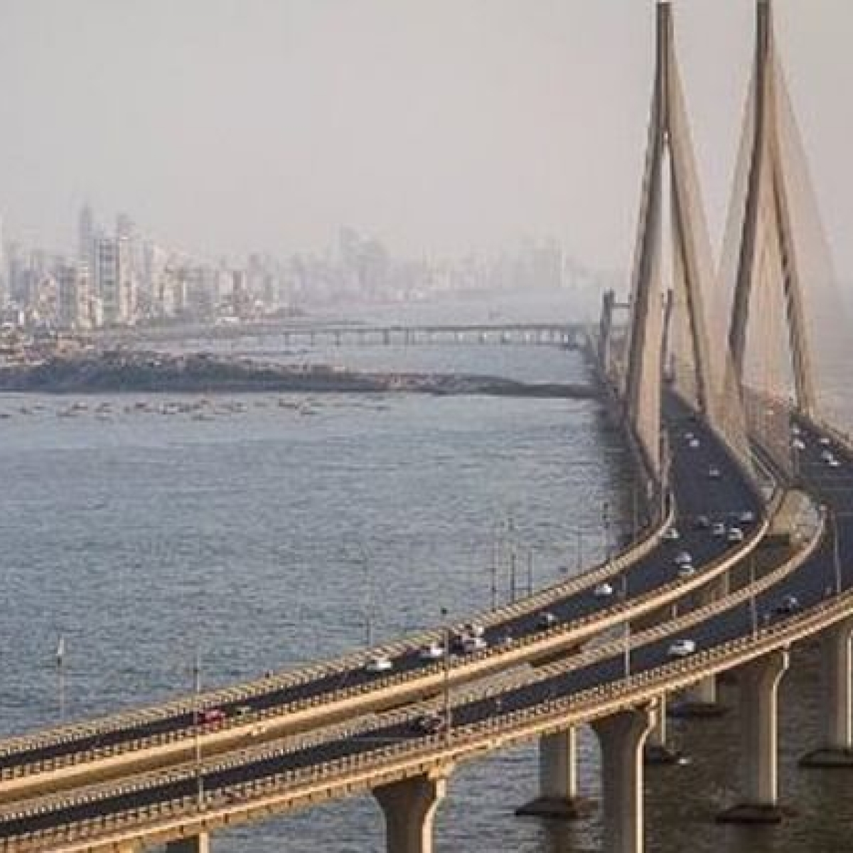 Mumbai: Two Russians held for performing stunts at sea link