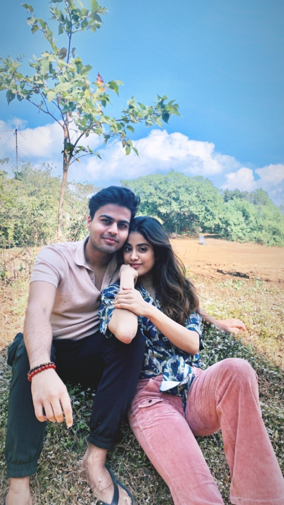 Love is in the air: Janhvi Kapoor heads for a getaway with alleged beau Akshat Rajan