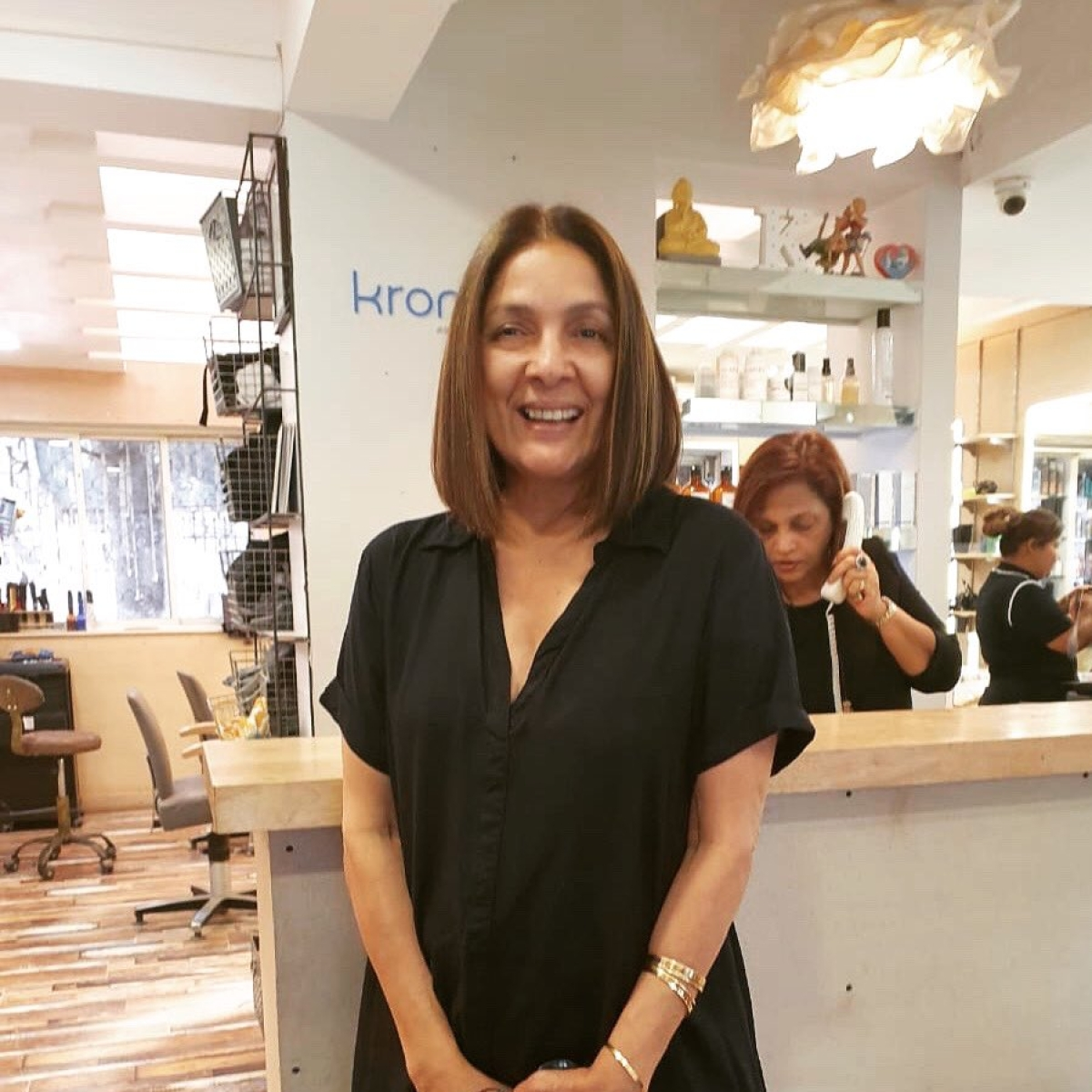 Neena Gupta gets a new haircut, requests Google to 'reduce' her age